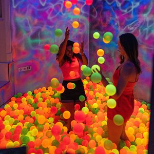 Fun for adults in the Galactic Bubble Room