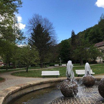 Kugel-Brunnen fontána Fontain