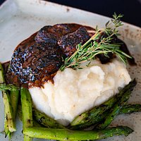 Steak, Mashed Potatoes, Asparagus