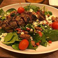 Yummy steak salad