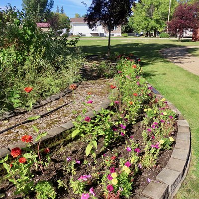 """Even a floral display on the north end, the """"grotto"""" loop"""