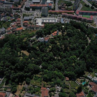Fotografia aérea do Monte Crasto