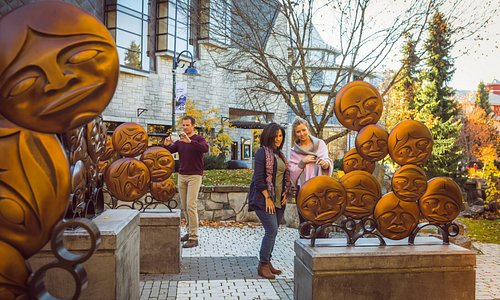 Seasons only change for the better here and fall is no exception with its own festivals, special offers and adventures that are best enjoyed while the leaves turn. Photographer: Justa Jeskova