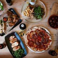 Love Tapas? Love El Café! Enjoy Pizzas, Paellas, Tapas & Parillas as well as so much more!