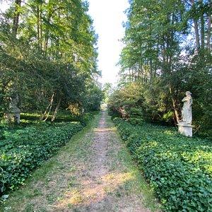 Marian Coffin Gardens walkway