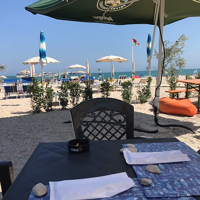 Croce Del Sud Beach Bar