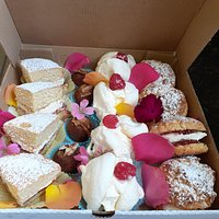 Cakes for Afteroon Tea Delivery