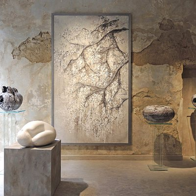 Artworks and interiors of Kalpa Art Living, Palazzo Bonomini in Volterra.