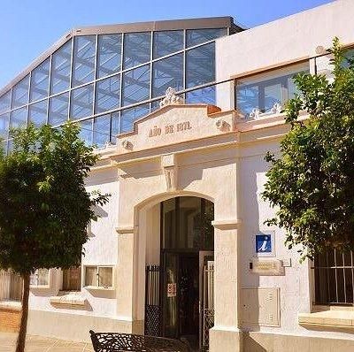 Nuestra Oficina de Turismo se encuentra en la actual Plaza de Abastos, que se localiza en la calle San Juan (calle peatonal).
