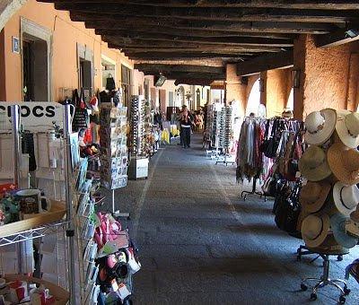 Arcades à Morcote considérées comme les plus belles du Tessin