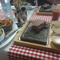 Filet de boeuf sur pierre, 3 sauces au choix