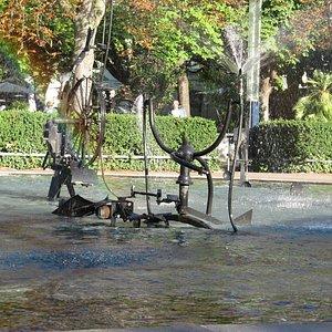 Tingueliho fontána