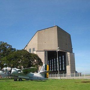 Portão norte do Hangar do Zeppelin
