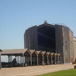 Portão sul do Hangar do Zeppelin
