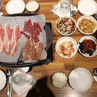 All you can eat, Self Cook, Korean Style BBQ.
