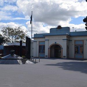 Lismore Memorial Baths - Lismore NSW
