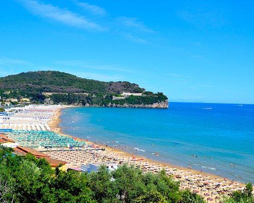 Serapo è la spiaggia principale del Comune di Gaeta e tra le più belle del litorale laziale.