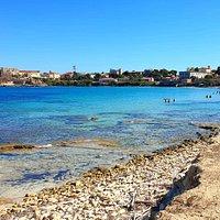 Il paese dalla Spiaggia di Cala Giovanna
