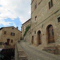 Montefortino borgo