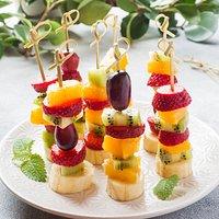 Brochettes de fruits