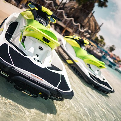 The speed of our Seadoo GTI 130's can go up to 70 km/u