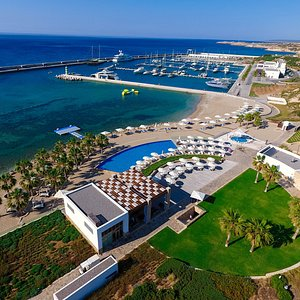 The first international standard marina in North Cyprus, Karpaz Gate Marina offers award-winning facilities and services, plus a recognised RYA Training Centre, meticulously developed to fulfil the expectations of sailors from across the world.