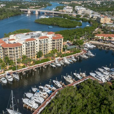 Enjoy a sunset stroll along the riverwalk and weave in between the pristine yachts and the nature view. Drive along the water's edge where the locals dine