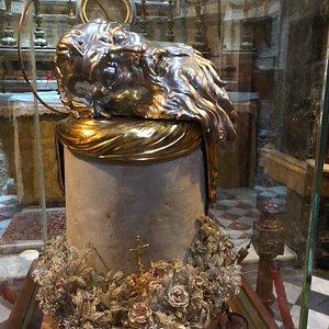 St. Paul's relics