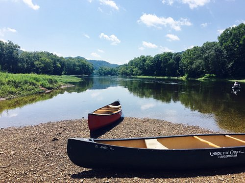Another peaceful day on the Caney Fork River!