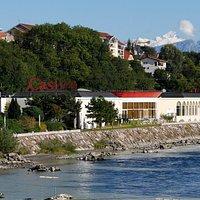 Casino avec vue sur l'Arve à 2 pas de Genève !