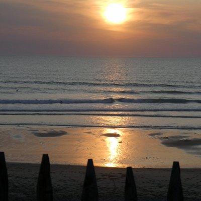 allez voir les beaux couchers de soleil