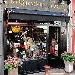 Boutique d'artisans créateurs français, bijoux hommes et femmes, décoration, papeterie, illustrations, accessoires.