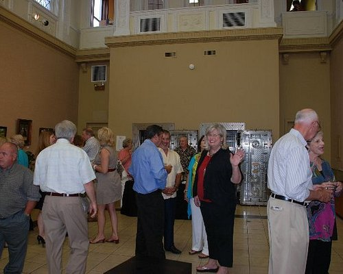 Gumtree Museum of Art in Tupelo was having a show a few years ago. A lovely space!