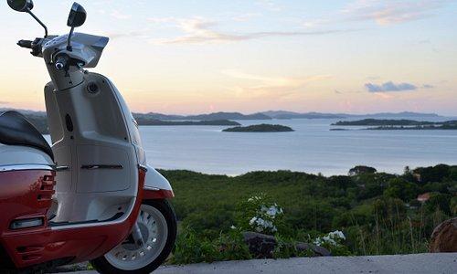 Partez en road trip en scooter pour des découverte de point de vue en Martinique. Grâce à nos location de scooter .