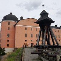 La campana antica del castello