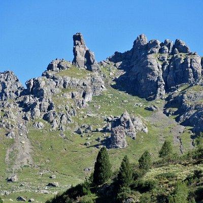Le rocce vulcaniche alla cresta del Padon