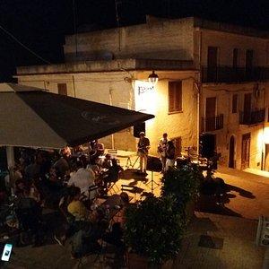 Picolit Pub ( Pi-co-lit)