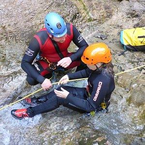 Einsteigertour Grenzgebiet Achensee - gemeinsam knifflige Stellen meistern und Spaß am Erlebten und Erreichten haben.