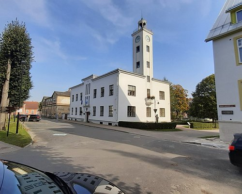 Rådhuset vid torget.