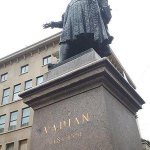 Vadian Denkmal - pomník