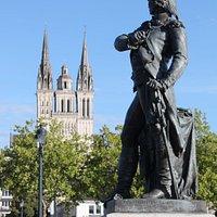 Statua A Nicolas-joseph Beaurepaire