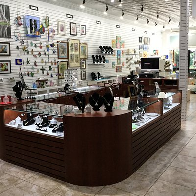 Our newly redesigned shop provides a huge jewelry display area with the handmade jewelry of several jewelers.
