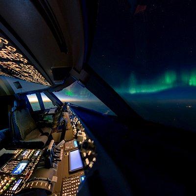 Boeing 737 full flight simulator in Dubai