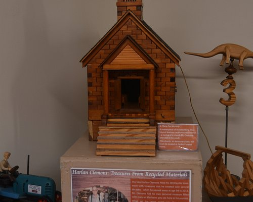 Display of handcrafted items made by local resident forms pare parts.