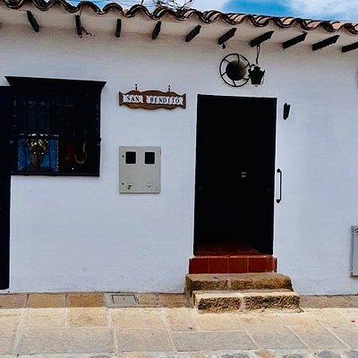 La puerta mágica de San Bendito