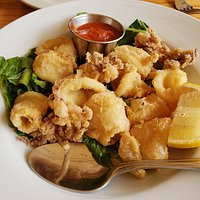 Fried calamari appetizer