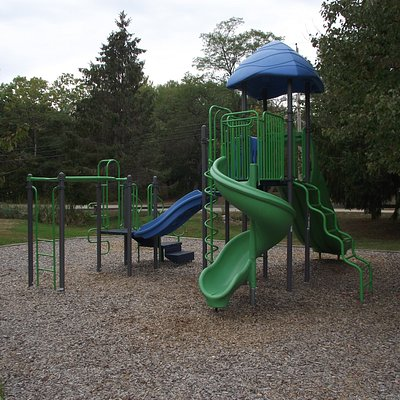 ME - KENNEBUNKPORT - ROTARY PARK - PLAYGROUND