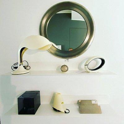 In Loft46 sii possono trovare centinaia di oggetti di design e vintage