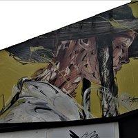 Fresque d'Hopare, haut de façade
