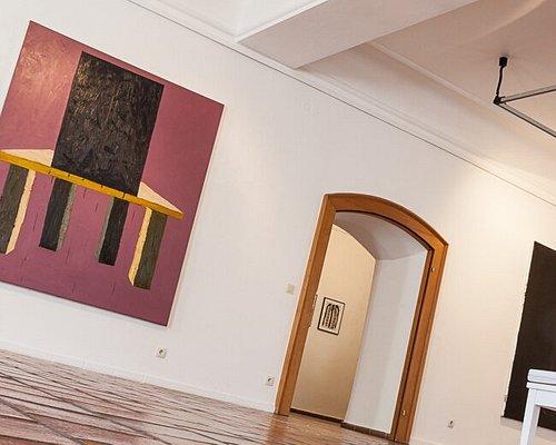 Blick in die temporär unterschiedlich bespielten  Ausstellungsräume der Städtischen Galerie Cordonhaus Cham.